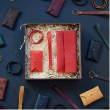 Набор кожаных аксессуаров BABAK Lille красный
