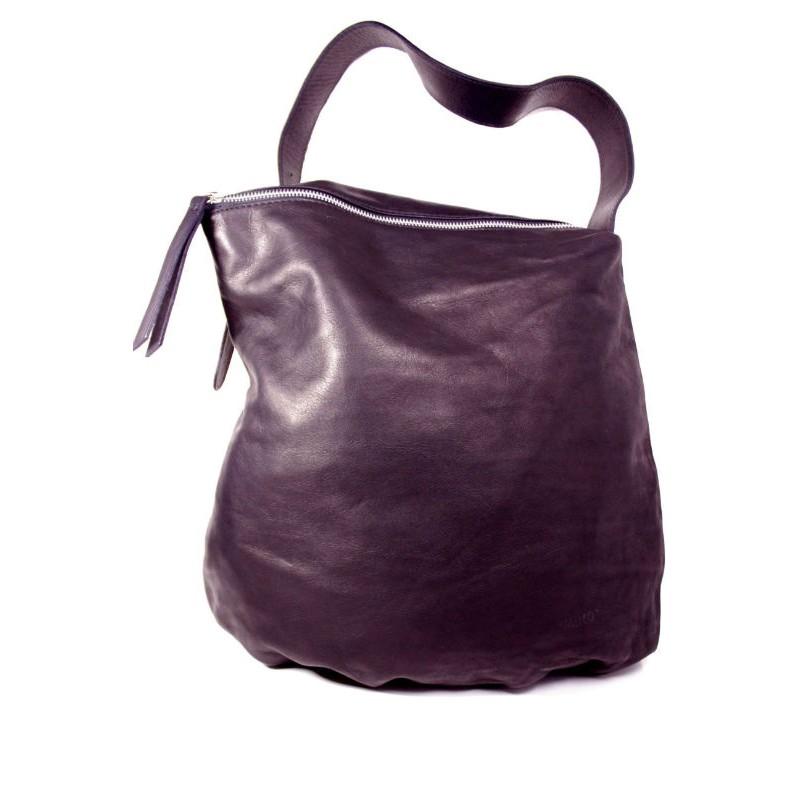 Жіноча шкіряна сумка мішок BI20-001 чорна Італія — купити недорого в ... 476e03a70653b