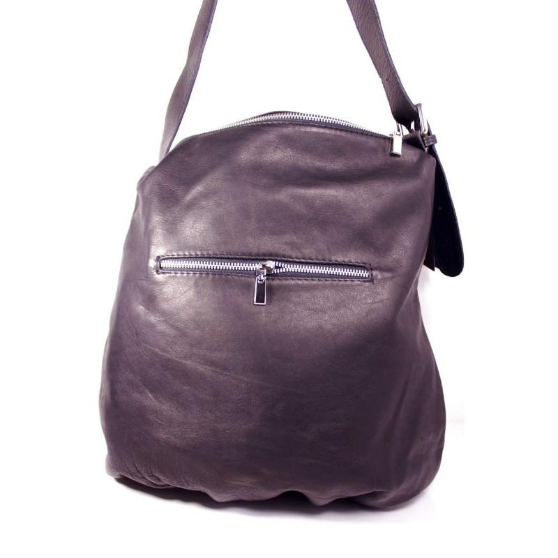 Жіноча шкіряна сумка мішок BI20-001 чорна Італія — купити недорого в ... 8ad3b313050c8