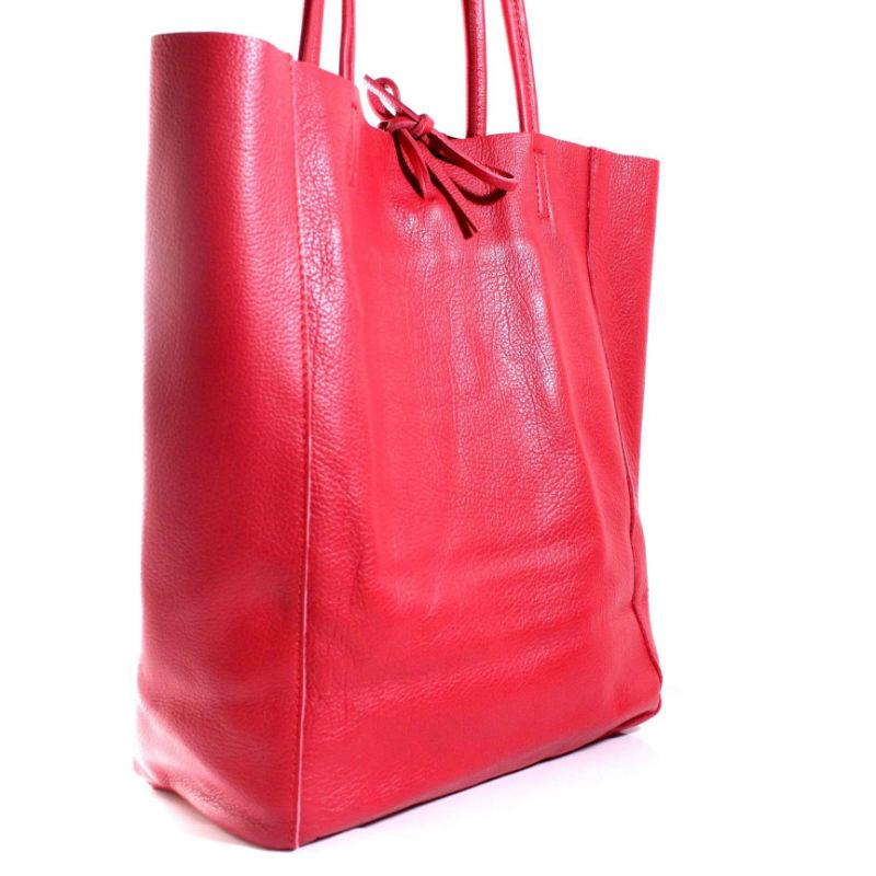 Распродажа брендовых кожаных женских сумок со скидкой