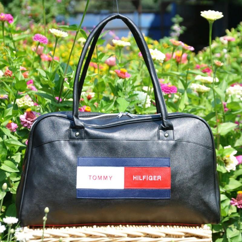 3d2274d847e0 Спортивная сумка Tommy Hilfiger New черная купить в Киеве недорого ...