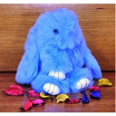 Брелок кролик из меха голубой