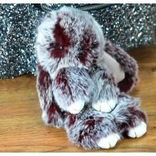 Брелок кролик з хутра марсала з білим