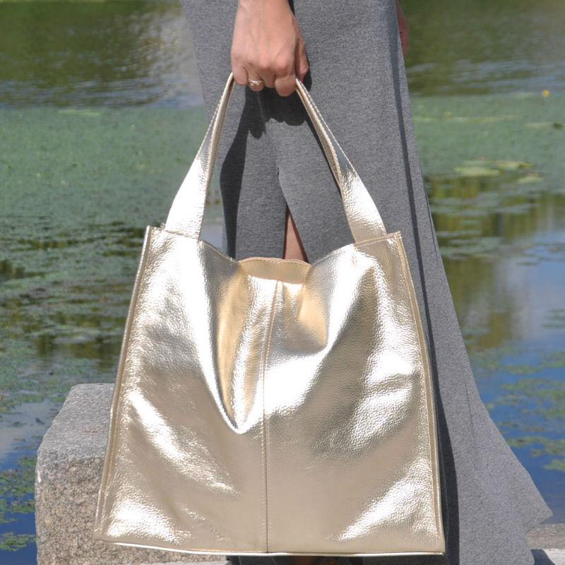 d0e012825e57 ᐉ Жіноча шкіряна сумка Mesho золота купити в Києві та Україні