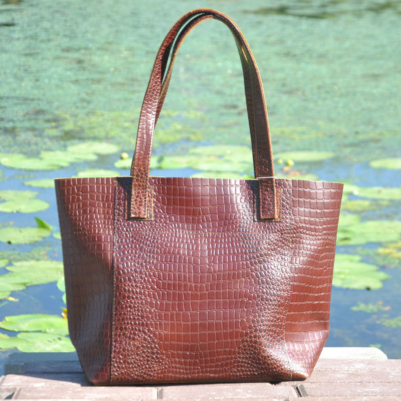 Жіноча шкіряна сумка з рядками Croco коричнева — купити в інтернет ... 34befc4fa54ae
