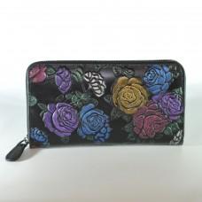 Жіночий шкіряний гаманець в сині троянди чорний